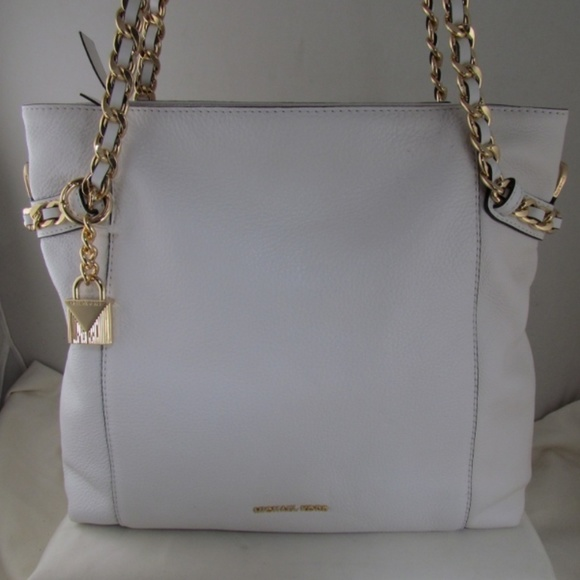 6851220e270c Michael Kors Bags | Optic White Remy Md Shoulder Tote New | Poshmark
